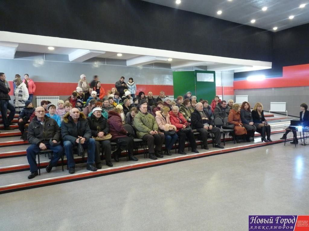 Зрительный зал в ДК Андреевского сельского поселения сделан в современном стиле