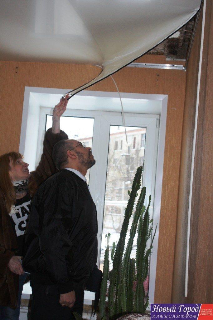 Гостю из Москвы жители показали в каких условиях им приходиться жить.