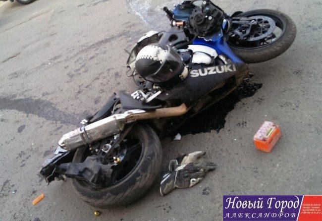 В Александрове 18-летний мотоциклист угодил под автомобиль