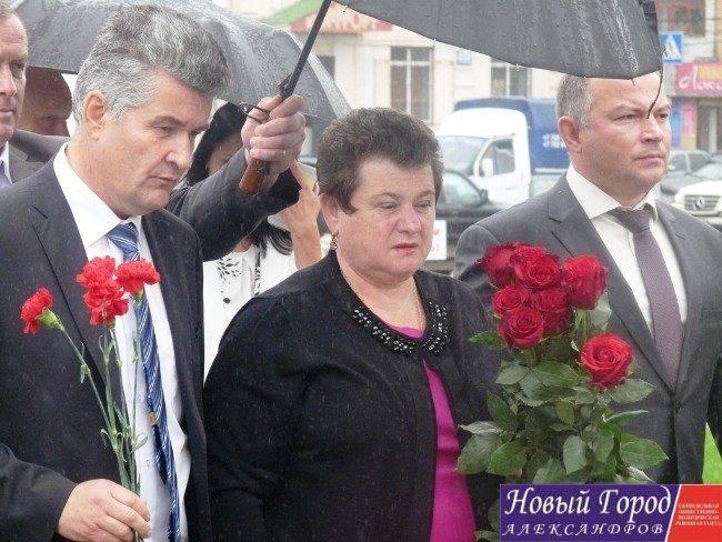 Светлана Орлова возложила цветы
