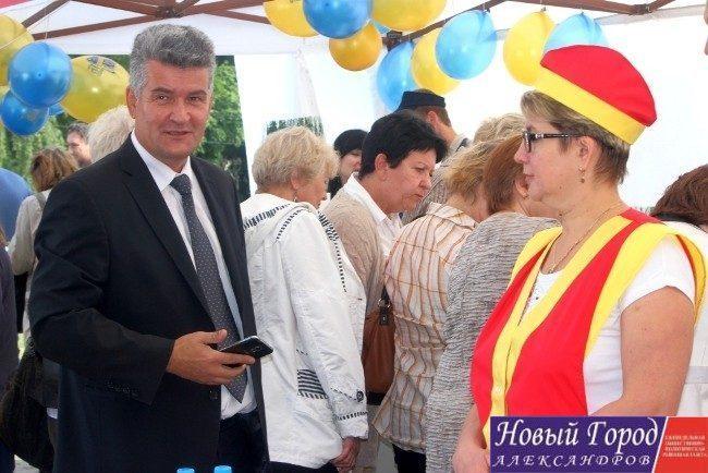 Глава администрации Александровского района посетил агрокультурную ярмарку во Владимире