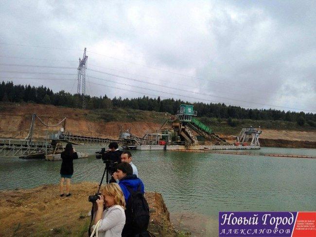 Журналисты посетили участок недр «Копылиха-1»
